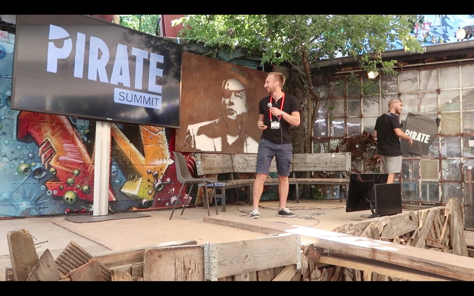 Secfense at Pirate Summit pitching in Cologne for top European VCs